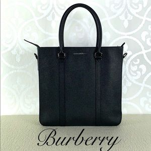 BURBERRY 'KENNETH' TOTE NWT 🎉HOST PICK🎉